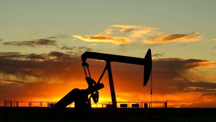 The impacts of oil price reverse on Dubai real estate What does oil have to do with real estate? Can Dubai's real estate market make a comeback?